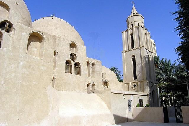 Tour to Wadi El Natroun Monastery from Cairo